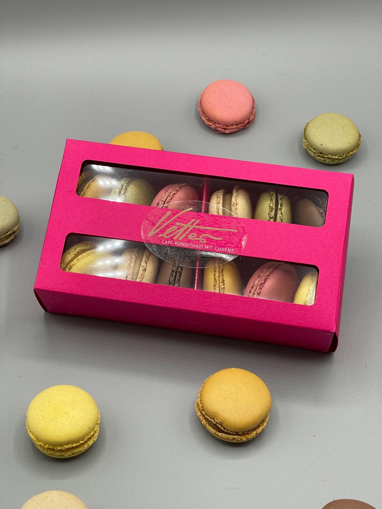 Feinste Macarons In Wunderschöner Präsentverpackung 12 Stück
